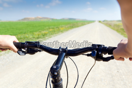fruehling biking