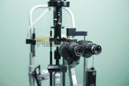 medizinische optometrist ausruestung fuer augenuntersuchungen