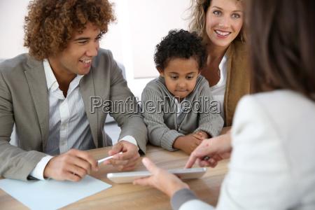 familientreffen immobilienmakler fuer hauskauf