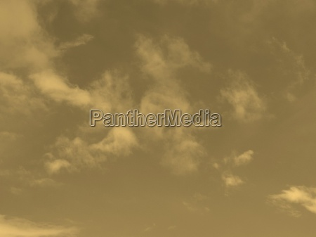 blauer himmel sepia