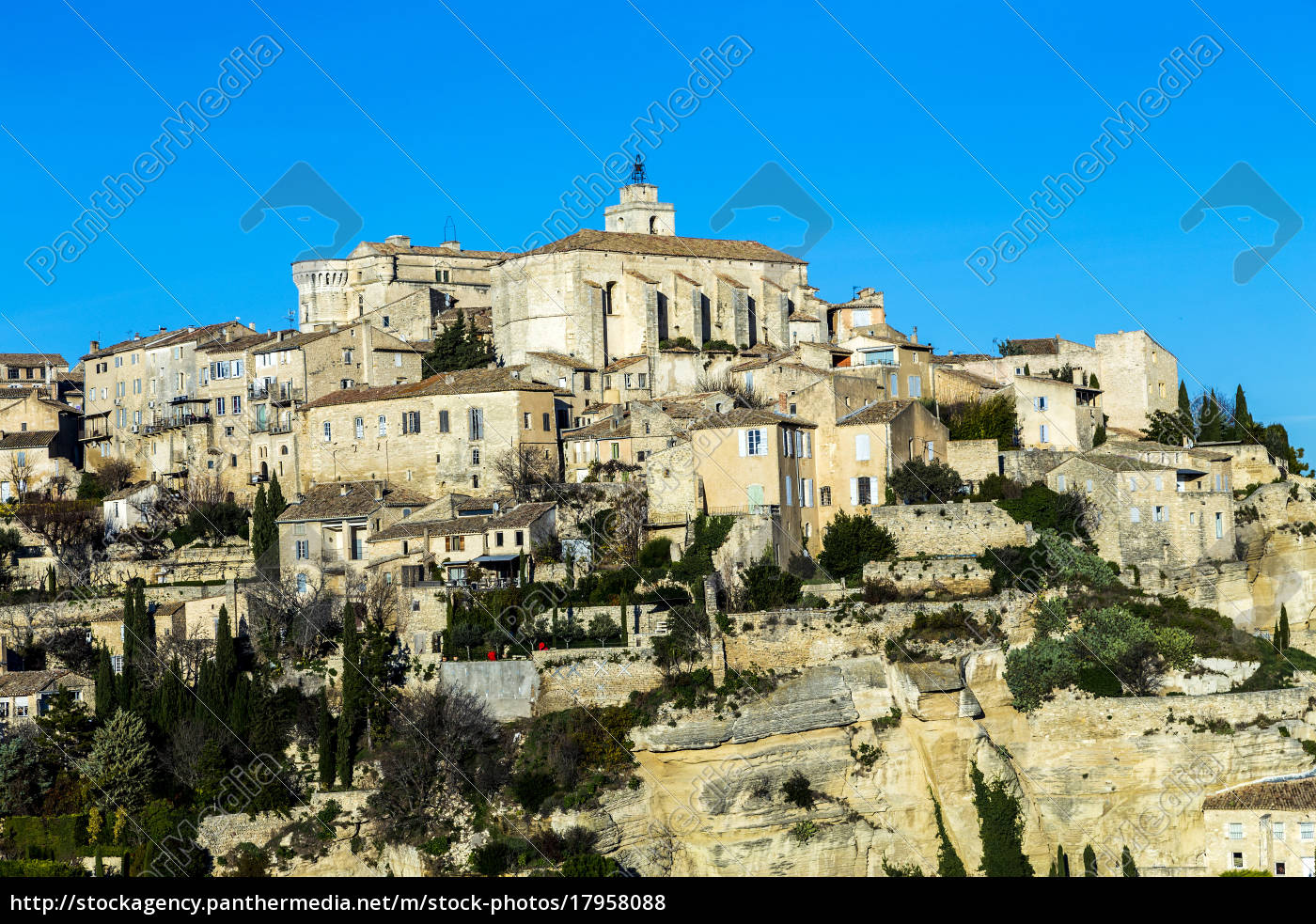 gordes, , provence, , france - 17958088