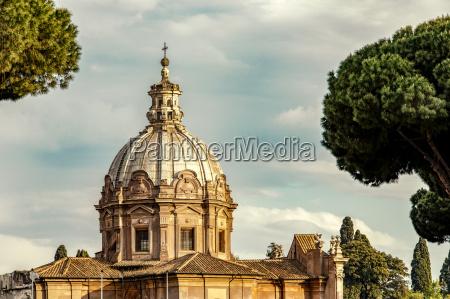 paseo viaje historico iglesia nube barroco