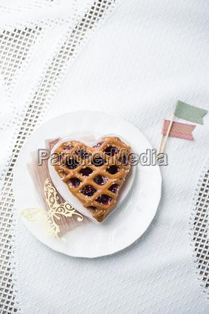 heart shaped cherry cake