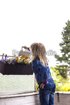 freizeit balkon outdoor freiluft freiluftaktivitaet im