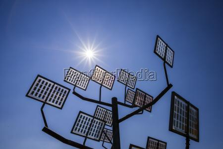 deutschland ulm solarbaum bei solar city
