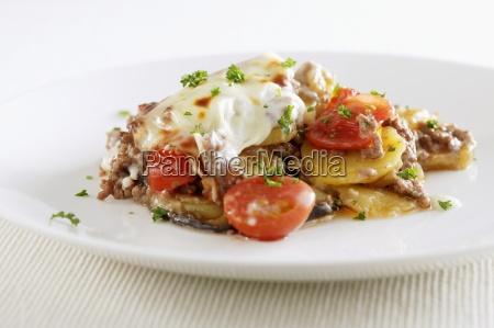 kartoffel hackfleisch und tomatenbacken