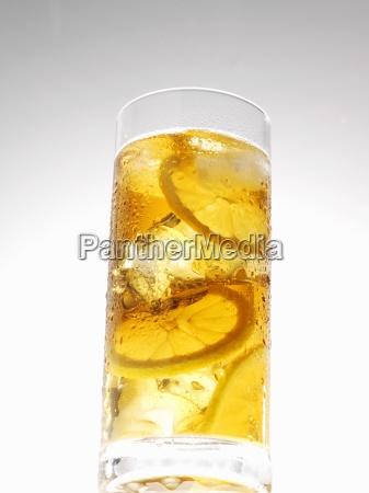 glas becher trinkgefaess kelch tasse tee