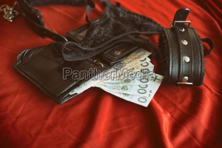 zahlen bezahlen lebensstil leder fantasie erotisch