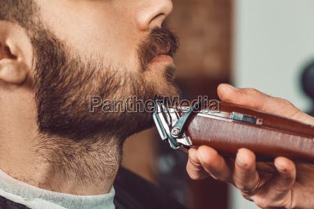 hipster client besuch friseurladen