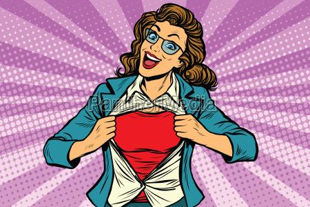 superheldfrau die hemd zerreisst