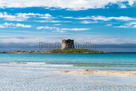 pelosa beach auf sardinien italien