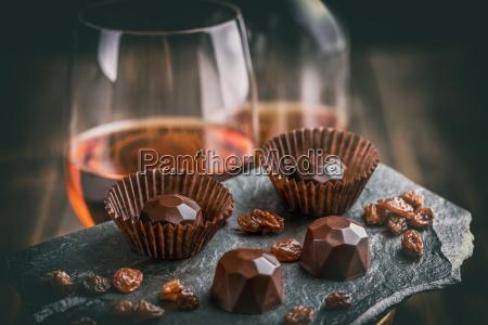 koestliche schokoladenpralinen