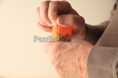mittel agens arznei arzneimittel heilmittel medikament