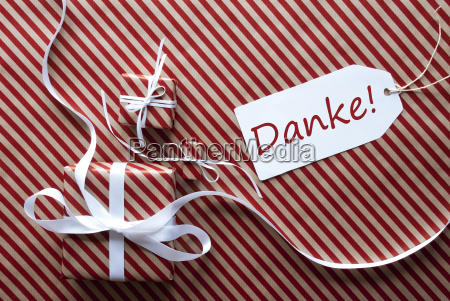 two gifts with label danke means