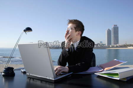business man in outdoor office