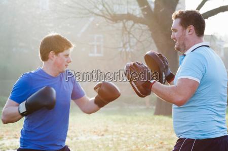 sport lebensstil sonnenlicht outdoor freiluft freiluftaktivitaet