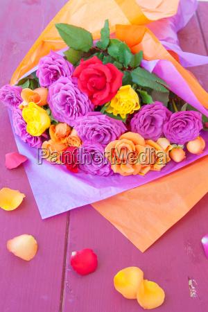 froehlicher strauss rosen