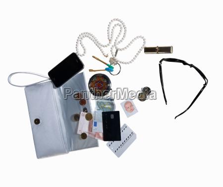 stilleben muenze technologie stillleben halsband halskette