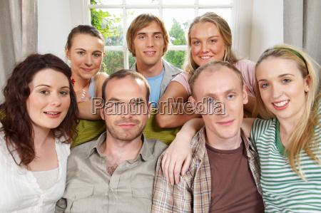 gruppe, lächelnder, jugendlicher - 18247368