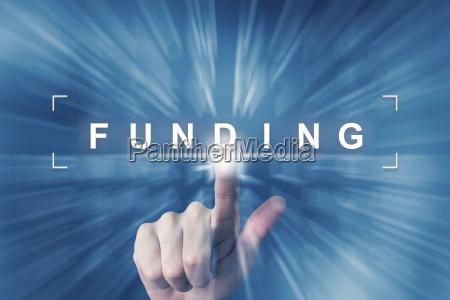 handklick auf finanzfinanzierungs schaltflaeche