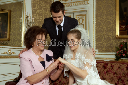 bride groom and brides mother