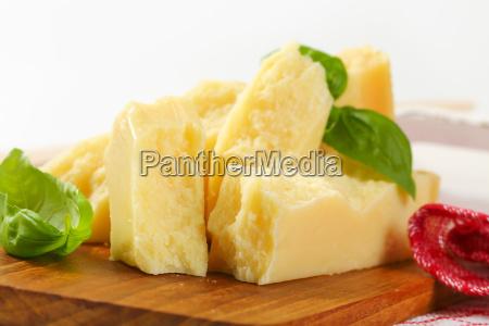stueck parmesankaese
