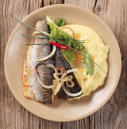 pan fried trout with mashed potatoes