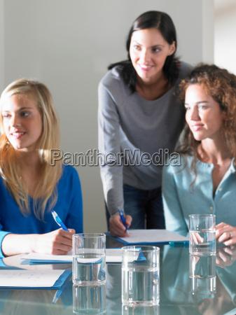 women working smiling