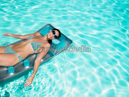 woman enjoying the sun on air