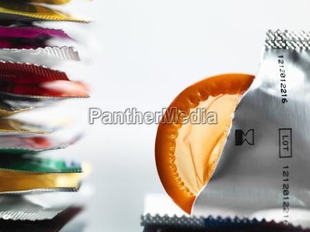 heftiges verpackung von wrapper ein kondom