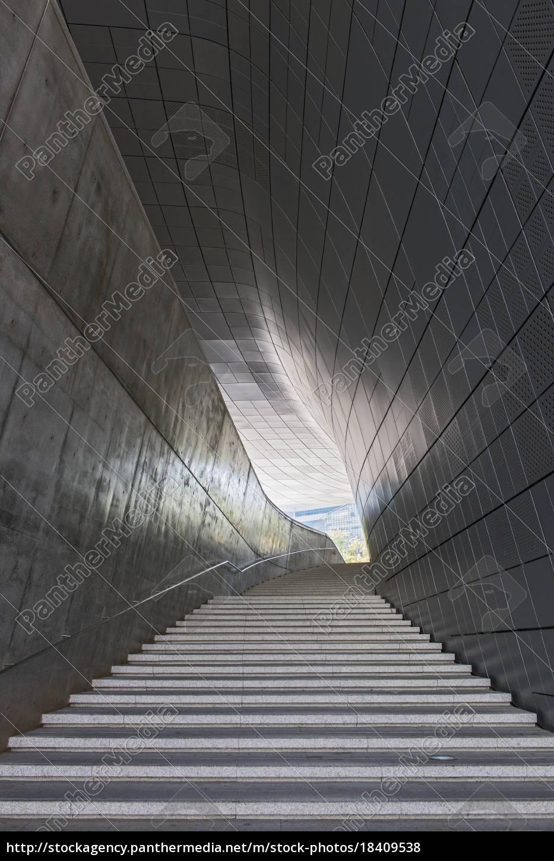 treppe, im, dongdaemun, geschichts-und, kulturpark, im - 18409538