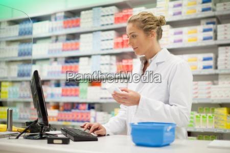frau medizinisches medizinischer medizinische medizinisch wohlbefinden