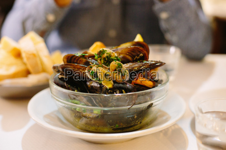 bowl of mussels and clams