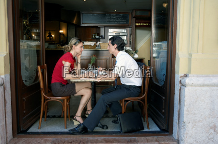 couple at a restaurant together