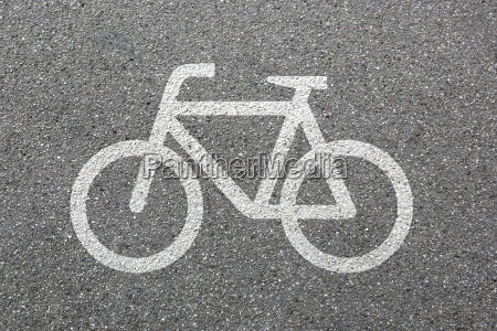 radweg fahrrad fahren rad fahrradweg strasse