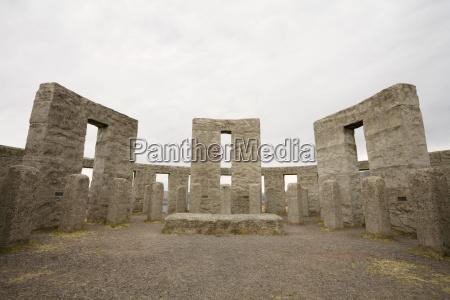 fahrt reisen denkmal monument stein outdoor