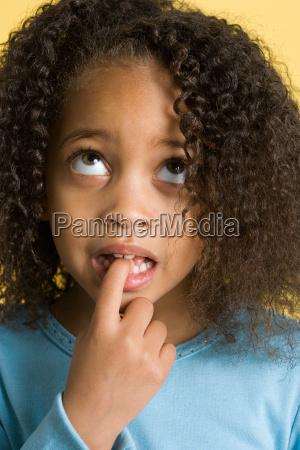 finger weiblich mund gesicht portrait portraet