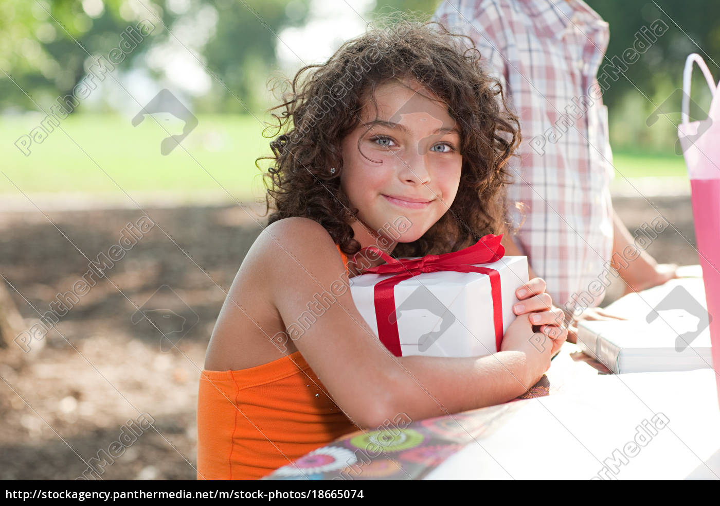 girl, at, birthday, party, with, birthday - 18665074
