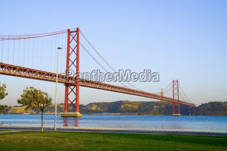 bridge 25 de abril lisbon portugal