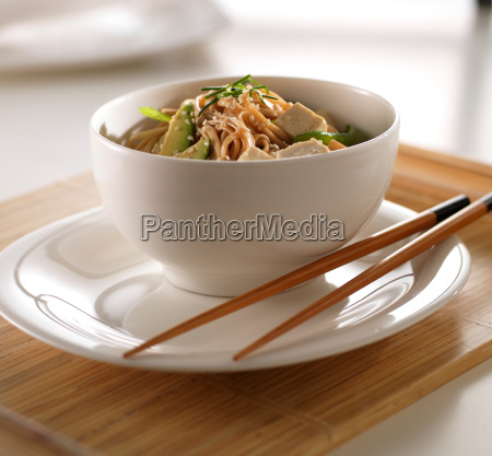 soba noodles and tofu in white