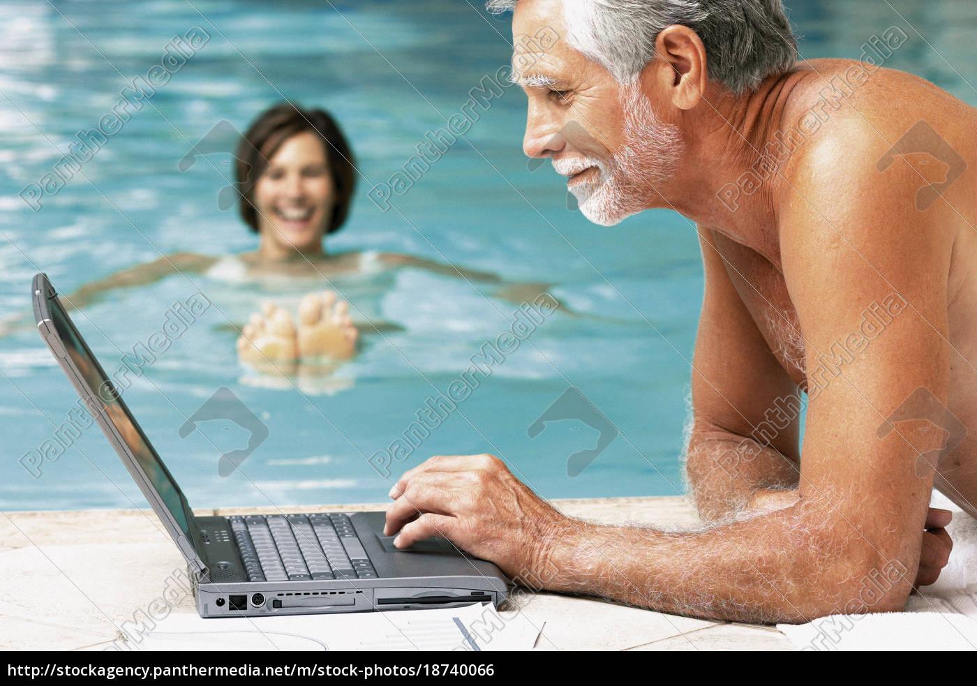 mann, und, frau, im, schwimmbad, mit - 18740066