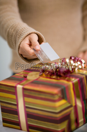 paying for gift with credit card