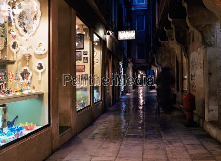 venetian street at night