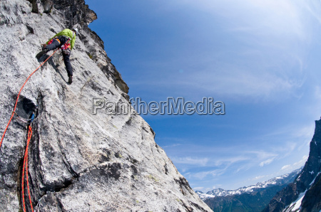 climber on rock wall mount berge