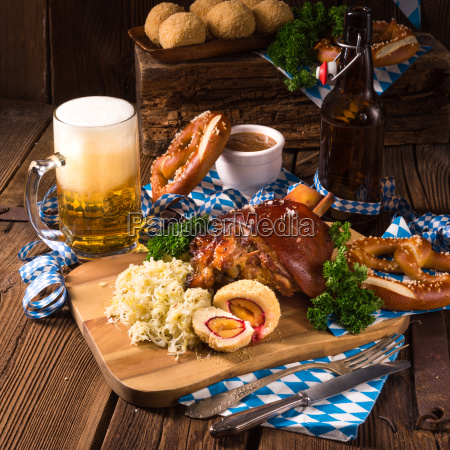 oktoberfest pork with sauerkraut