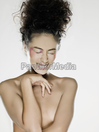 nude woman smiling