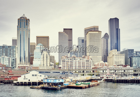 view of waterfront and skyline with