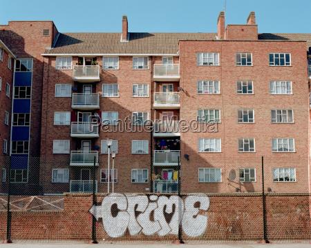 graffiti near apartment house