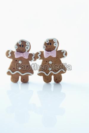 two gingerbread men