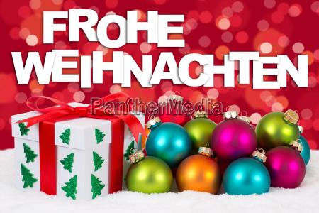 frohe weihnachten weihnachtsgeschenke geschenke mit rot